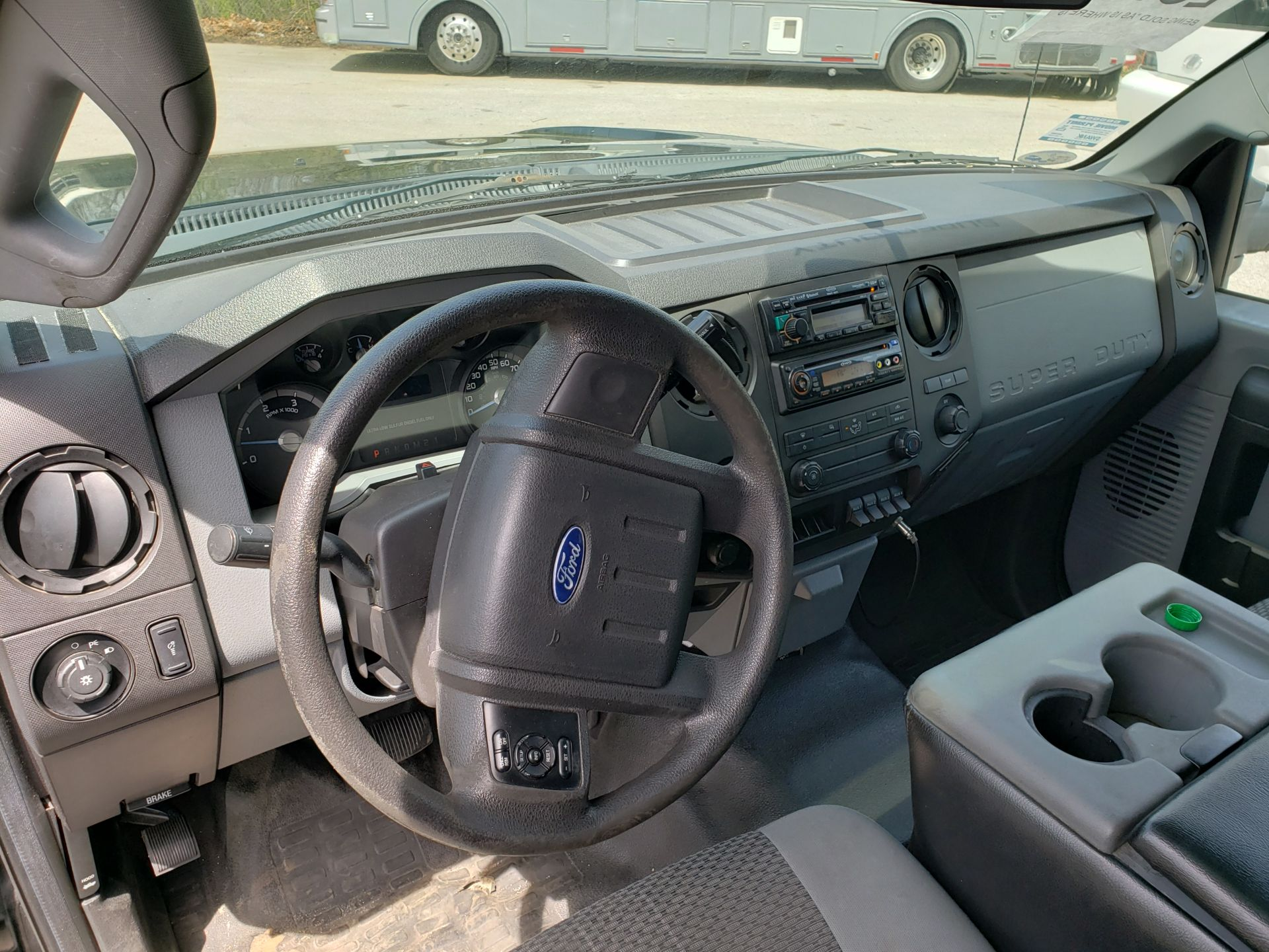 2013 Ford F550SD XL Grech Motors 33-Pass Shuttle Bus - Image 6 of 18