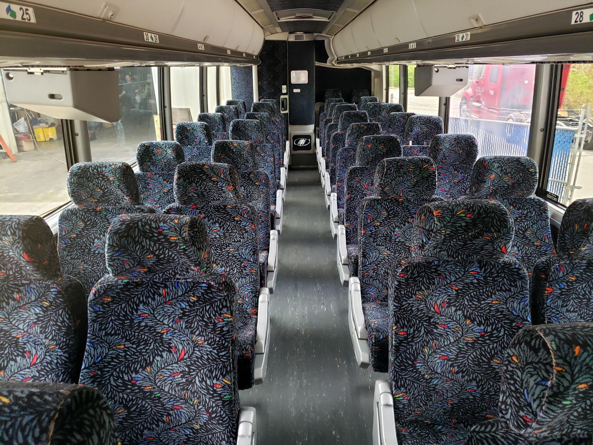 2005 MCI J4500 56-Pass Kneeling Coach Bus - Image 12 of 20