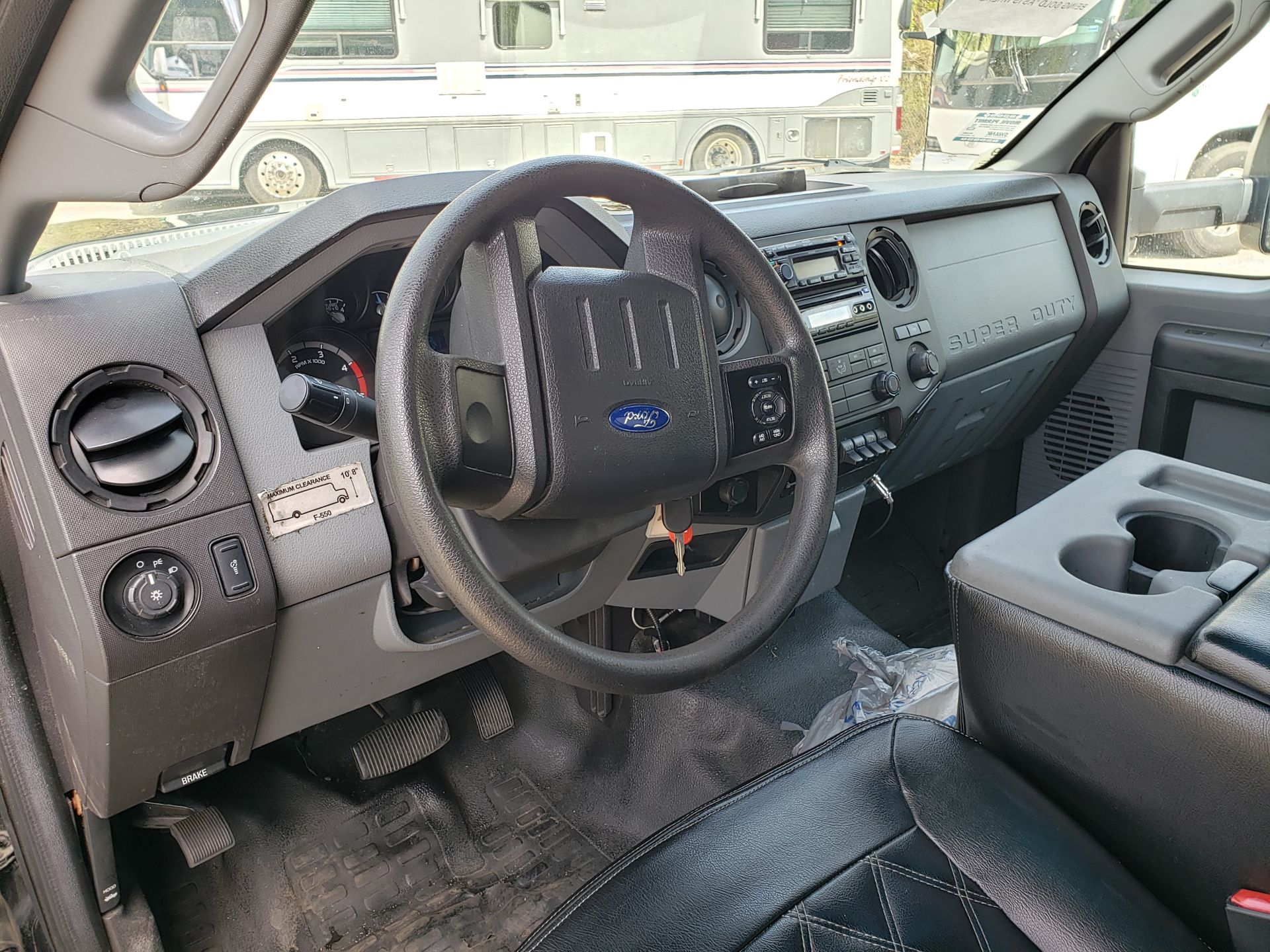 2013 Ford F550SD XL Grech Motors 33-Pass Shuttle Bus - Image 6 of 17