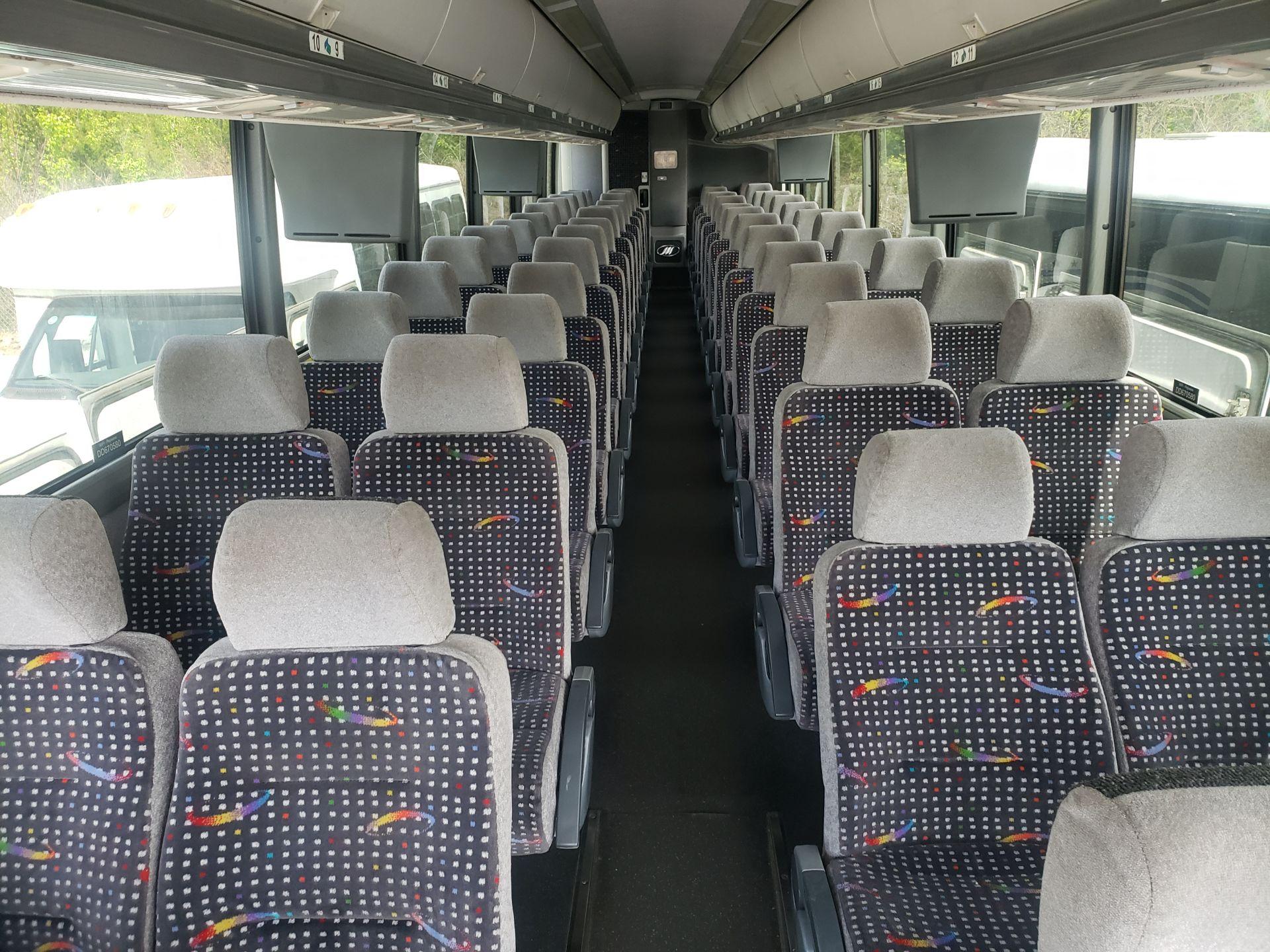 2010 MCI J4500 56-Pass Kneeling Coach Bus - Image 7 of 16