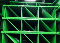 """NEW 15 PCS OF TEARDROP UPRIGHT. SIZE 10'H X 36""""D, 3""""X 3"""" GREEN"""