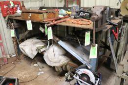 "Heavy duty welding table, 4' x 8' with overhead light 1/4"" plate"