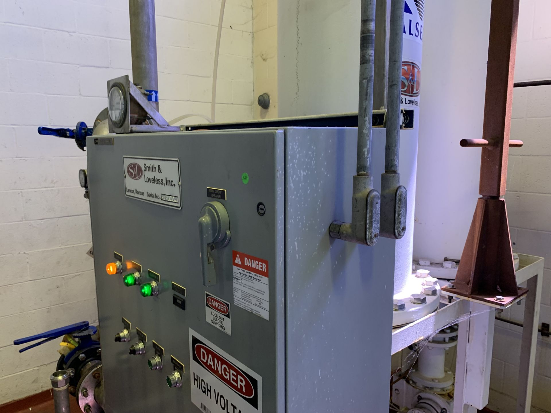 Smith and Loveless Filter Skid - Image 2 of 2