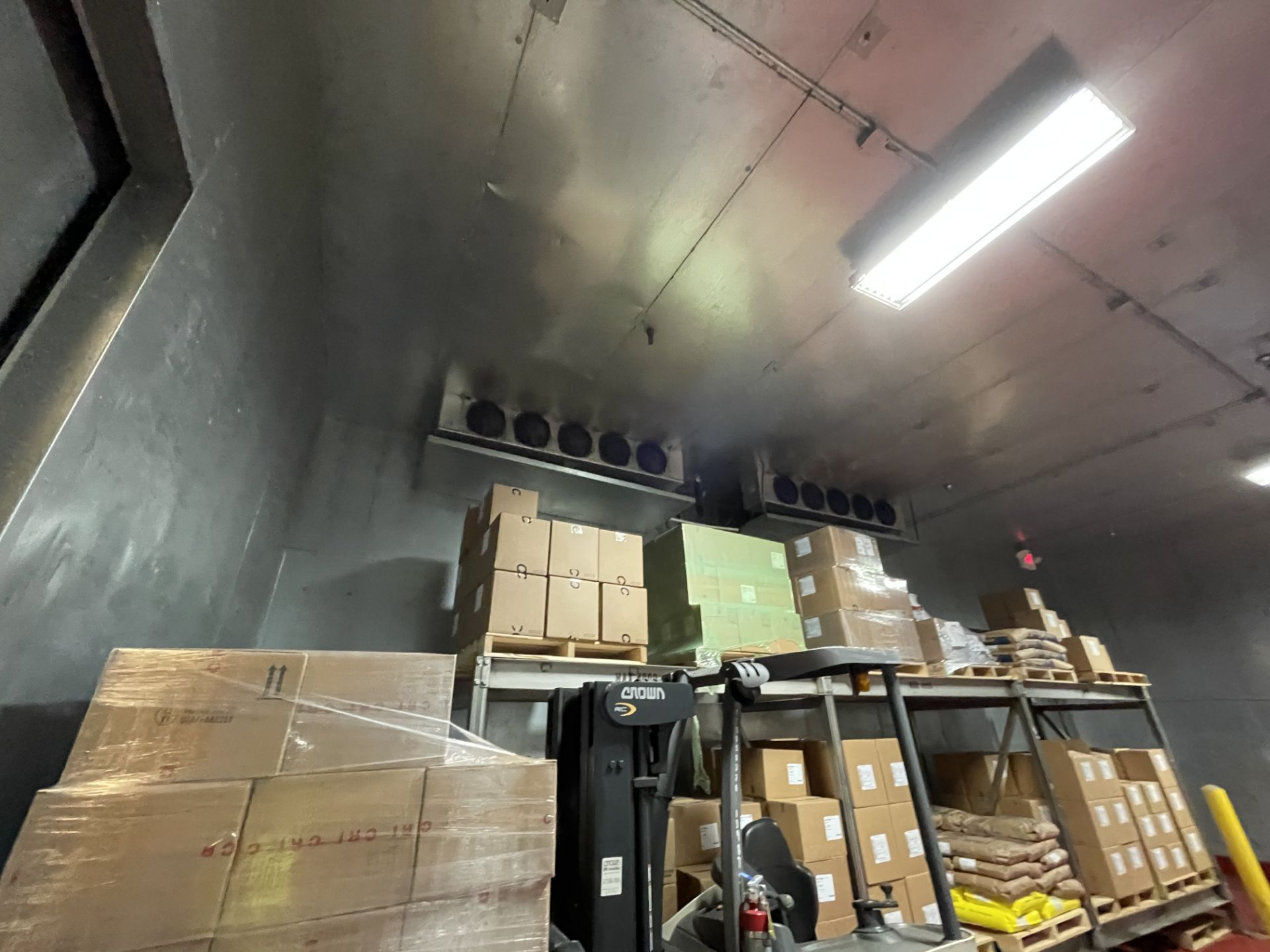 37x26 Cold Storage Room - Image 3 of 7