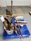 (1) Pallet of Concrete Tools. Located in Mt. Pleasant, IA.