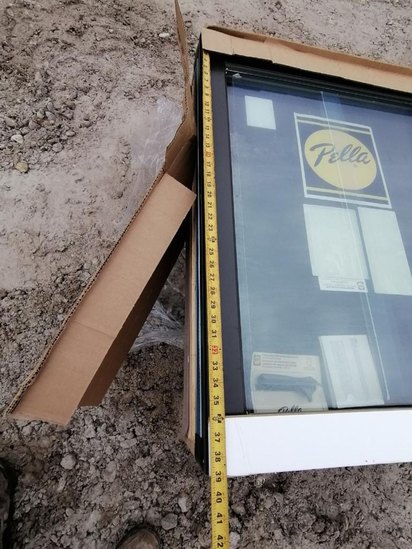 """(1) Pella 39"""" x 99"""" x 10"""" Window with Frames. Located in Waukegan, IL. - Image 4 of 10"""
