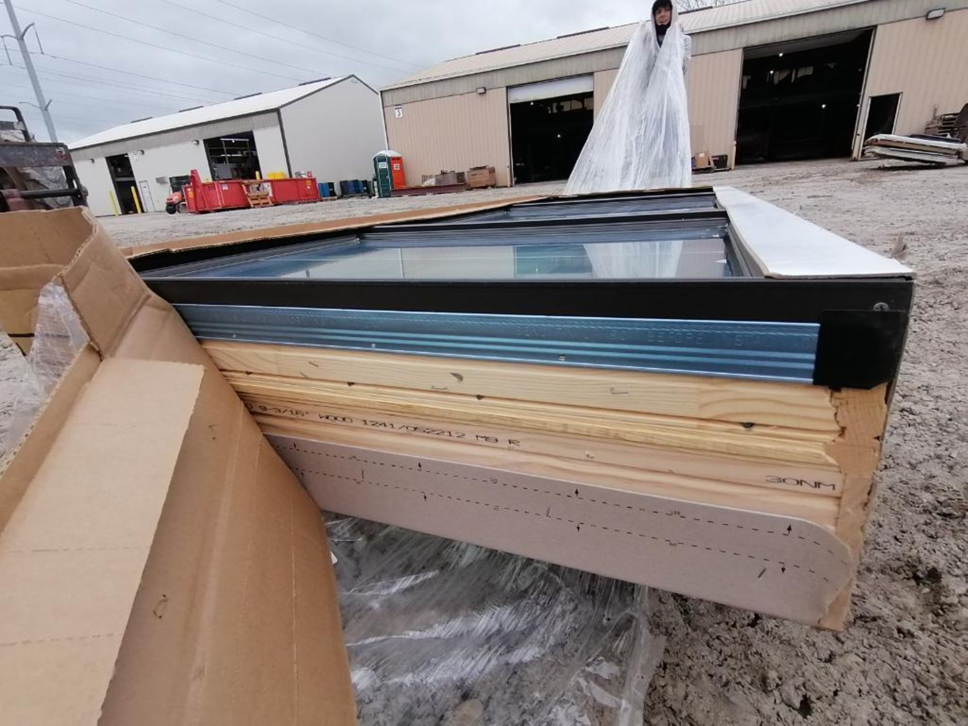 """(1) Pella 39"""" x 99"""" x 10"""" Window with Frames. Located in Waukegan, IL. - Image 10 of 10"""