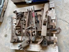(1) Pallet of Miscellaneous Metal Tools. Located in Waukegan, IL.