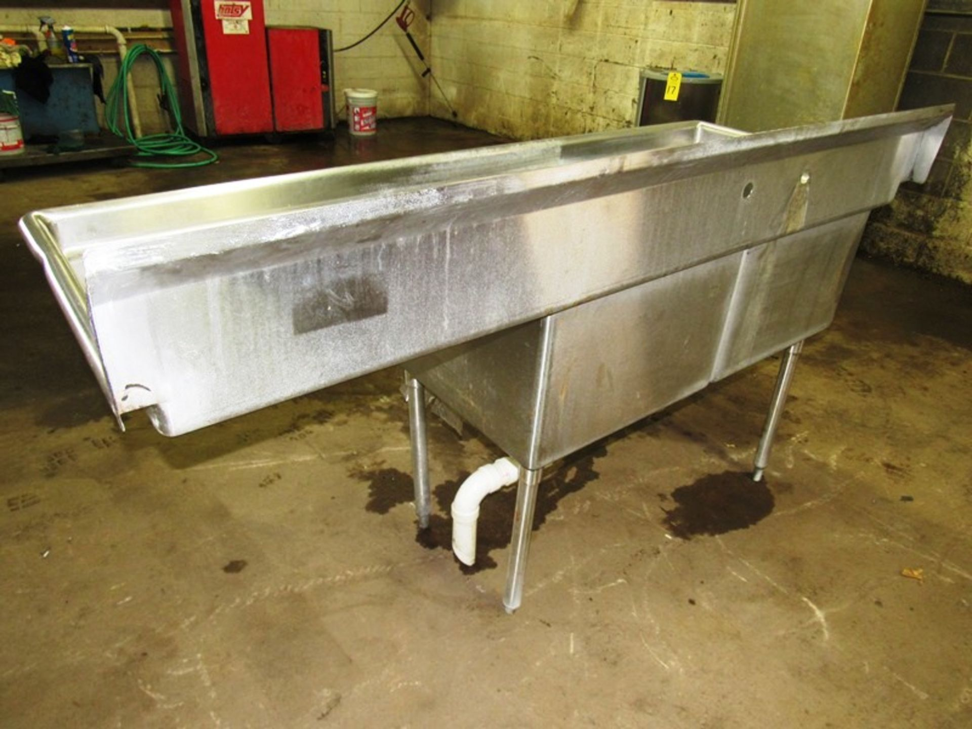 "Stainless Steel Sink, 28"" W X 6' L, (2) bays, 13"" deep, 24"" sideboard, space for faucet with sprayer - Image 4 of 4"