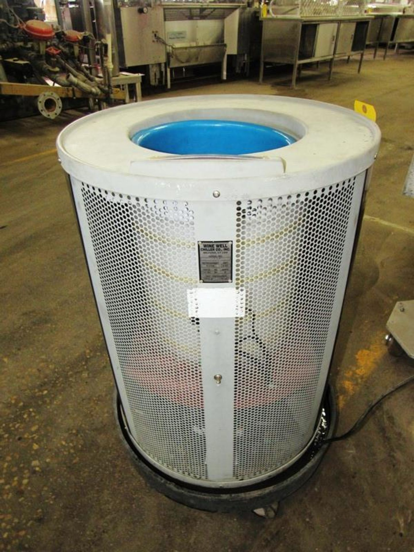 Wine Well Chiller Co. Portable Chilled Water Bath, Ser. #7814, R-134A refrigerant, 115 volts, tested - Image 2 of 6
