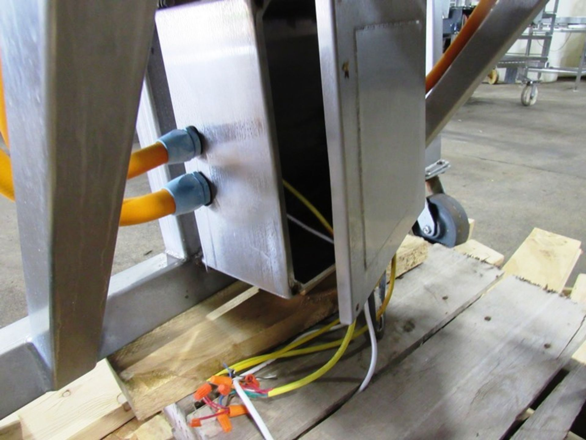 "Stainless Steel Incline Conveyor, 18"" Wide X 11' Long neoprene beltk 12"" inveed, 5' discharge, drum - Image 5 of 5"