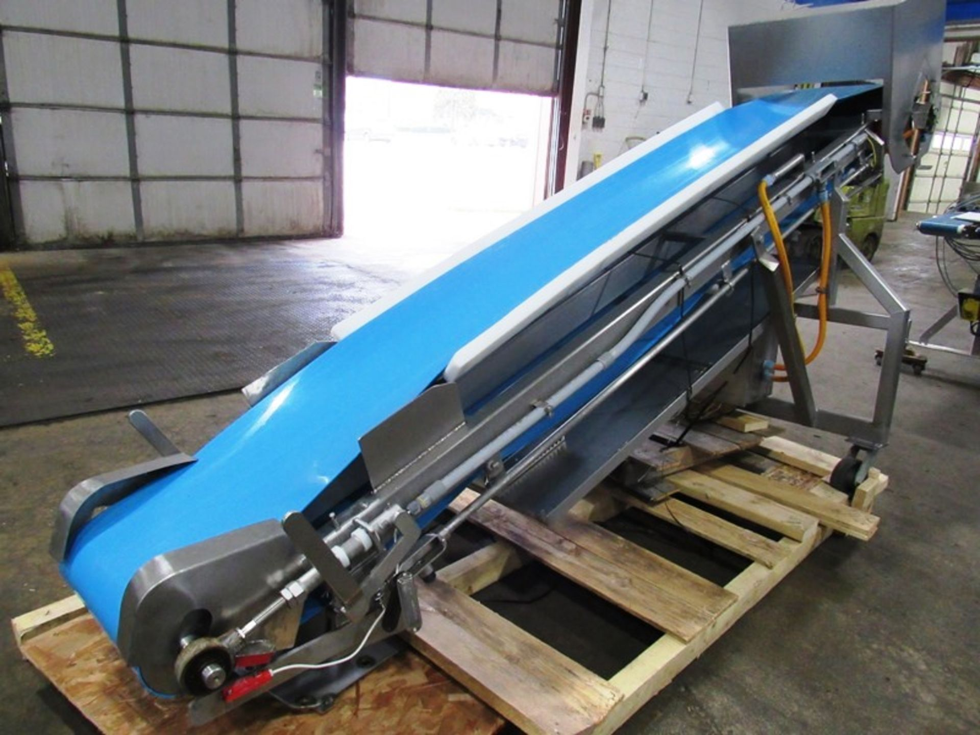 "Stainless Steel Incline Conveyor, 18"" Wide X 11' Long neoprene beltk 12"" inveed, 5' discharge, drum - Image 3 of 5"