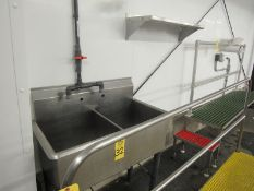 """Lot Stainless Steel 2-Compartment Basin, 20"""" W X 40"""" L X 13"""" D, (1) Stainless Steel Shelf ("""