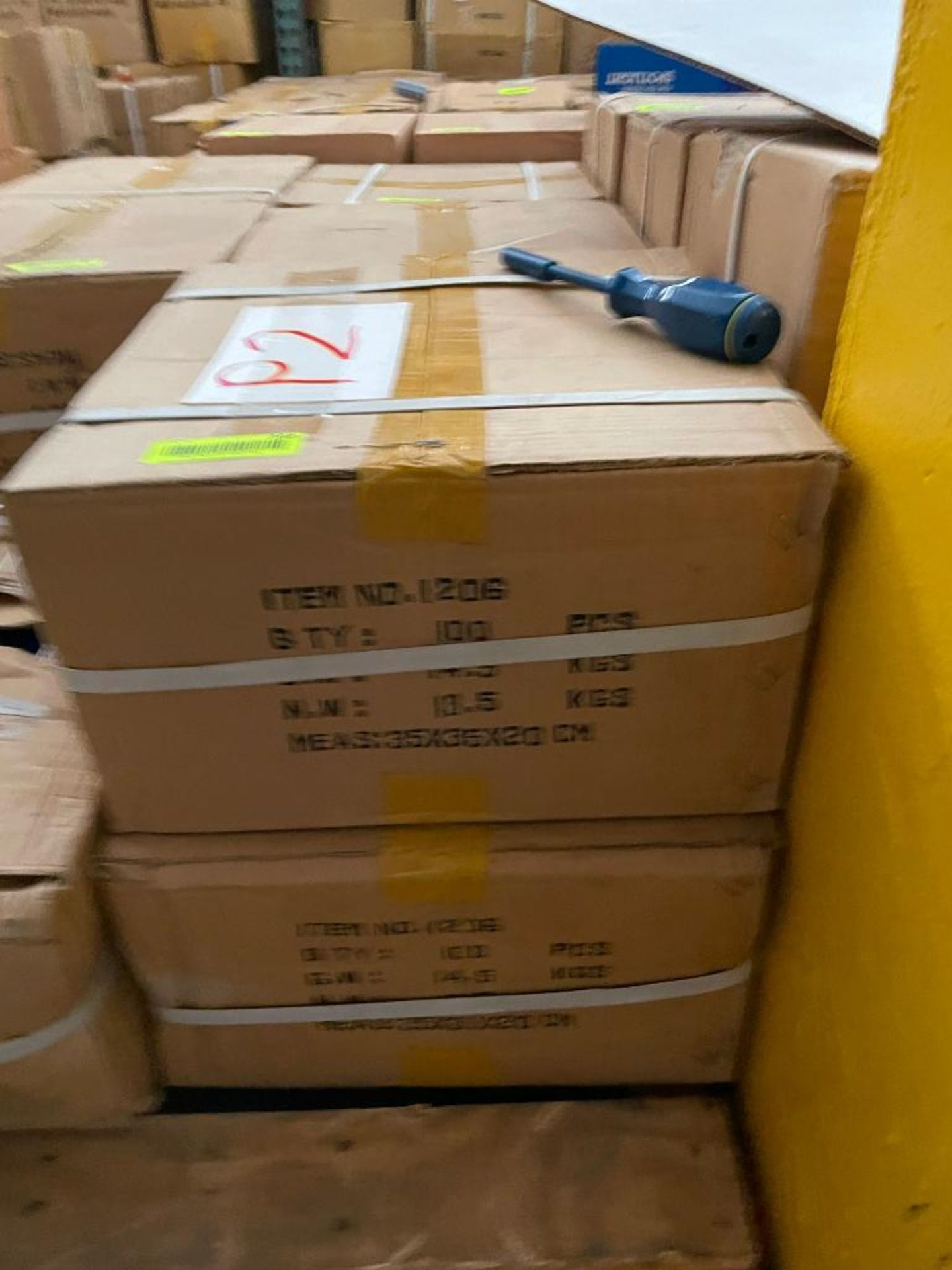 200CT STANDARD SCREWDRIVERS BRAND/MODEL EAZYPOWER 1206 ADDITIONAL INFO (2) 100CT BOXES THIS LOT IS S - Image 2 of 3