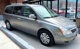 2012 Kia Sedona Van Year: 2012 Make: Kia Model: Sedona Vehicle Type: Van Mileage:79,503 Body Type: 4