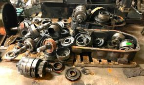ASSORTED ENGINE PARTS AS SHOWN ADDITIONAL INFO SEE PHOTOS FOR MORE DETAIL LOCATION PARTS ROOM THIS L