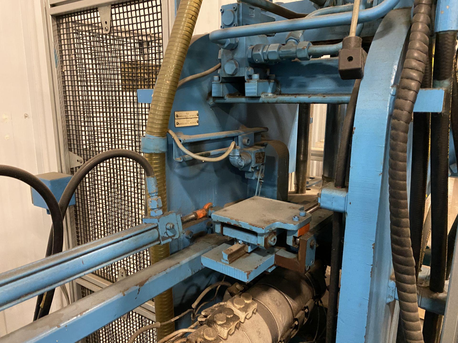 1998 PH Trueblood 42 Ton Plastic Injection Mold Machine - Image 6 of 13