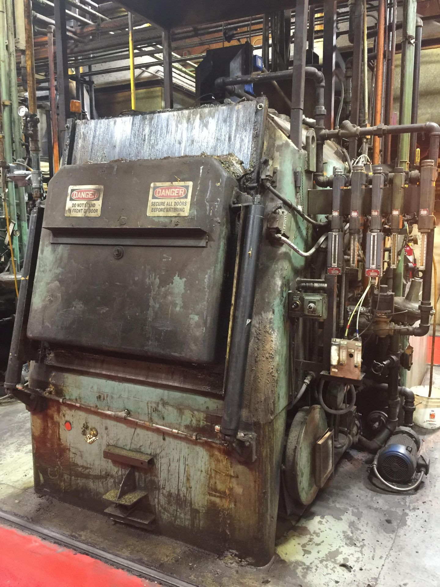 IPSEN #T7-1000-D-GM-24 ATMOSPHERE IQ BATCH FURNACE *NO CONTROL PANEL INCLUDED*