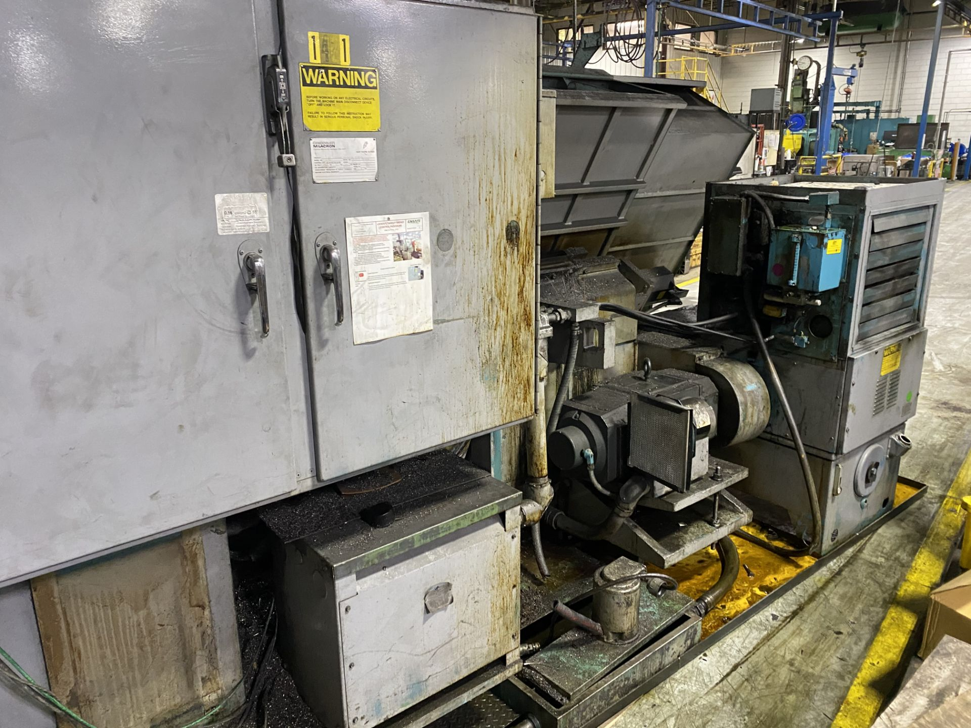 Cincinnati Cinturn 12 CNC Lathe w/ Fanuc Control RETROFIT ***PARTS MACHINE, NO CONTROLLER** - Image 4 of 8