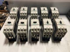 Lot of (10) Siemens Circuit Breakers, P/N: 3RV1742-5ED10