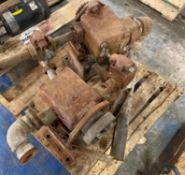 (2) Vickers Vane Pumps, P/N: 45V 60A 1A 20 282