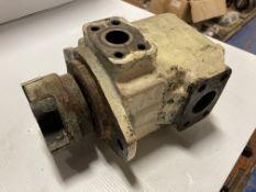 Vickers Vane Pump, P/N: 25V 14A 1A 20 282LH130
