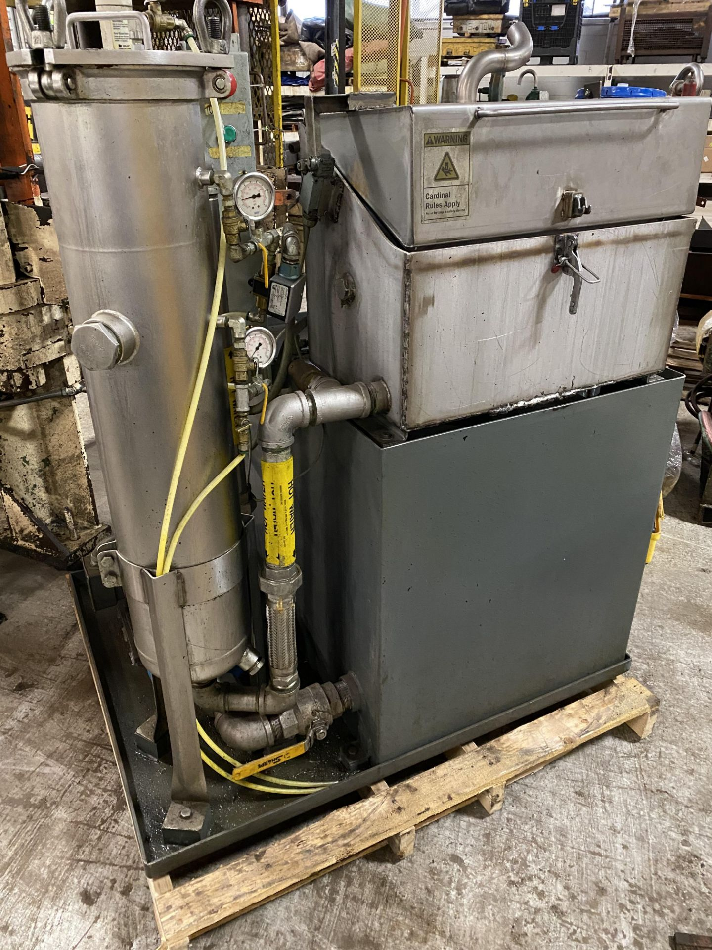2010 NACCO FILTERED PARTS WASHER - Image 3 of 4