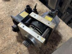 (2) Fanuc AC Servo Motors, M/N: b6/2000