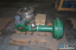 Fisher 1052V150 valve, Size 12, actuator is size 60, s/n 20594829 - Location: Finished Warehouse