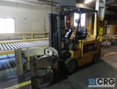 Yale 5300 lb capacity electric forklift, model ERC080HDN48SF084, 48 volt, mast height 120 in.,