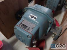 Foxboro 2801 SABA TPAG 1 in. magnetic flow meter, platinum electrode, s/n 13290293 (Loading Area)