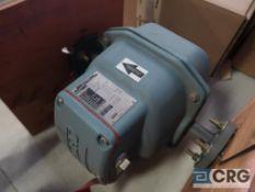 Foxboro 2801 SABA TPAG 1 in. magnetic flow meter, platinum electrode, s/n 09521093 (Loading Area)