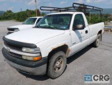 2002 Chevrolet 1500 Silverado pickup truck, regular cab, 4 X 4, 4.3L V6 engine, AT, gas, 8 ft. box