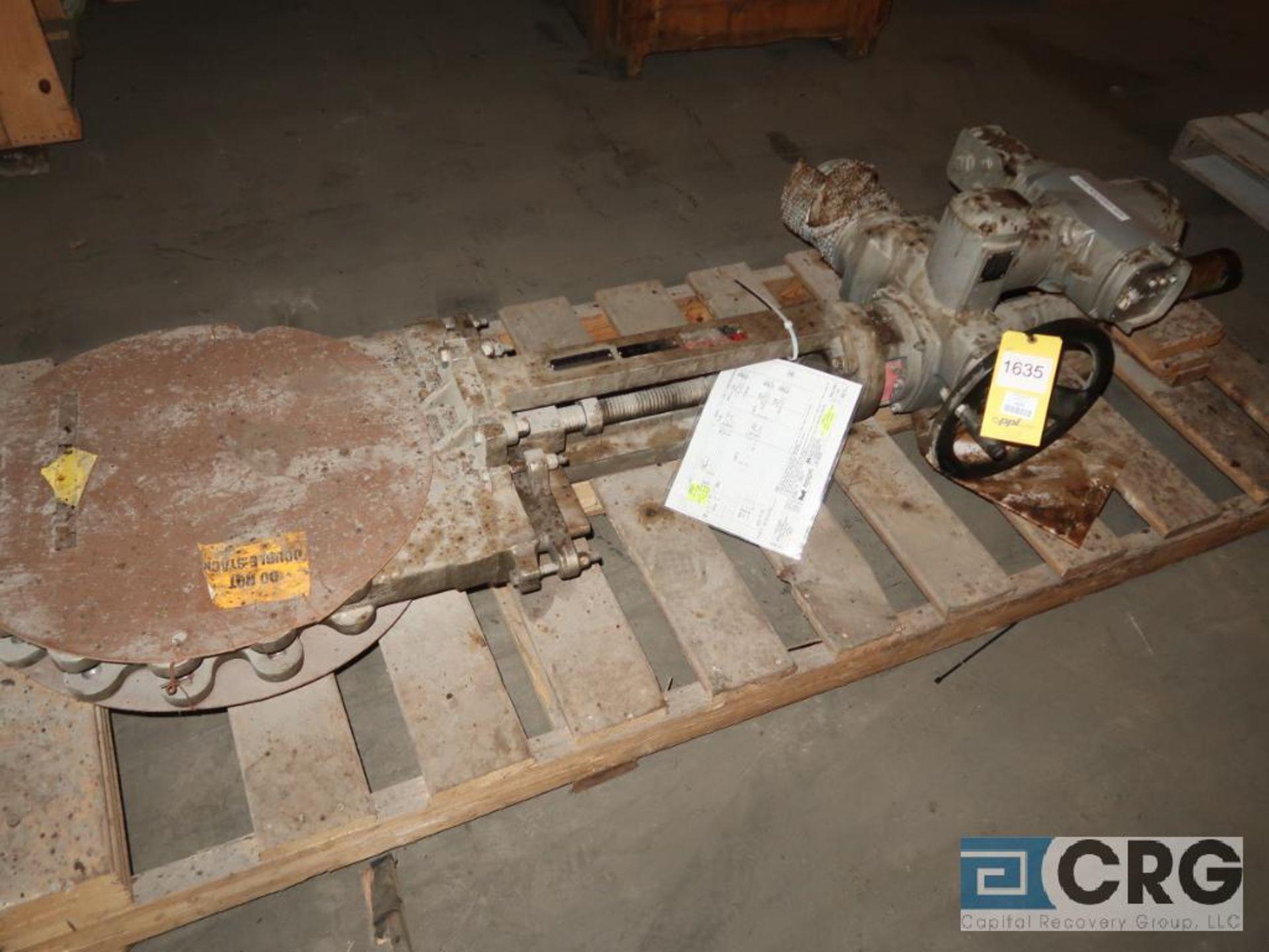 Dezurik 16 in. stainless pneumatic gate valve (Off Site Warehouse)