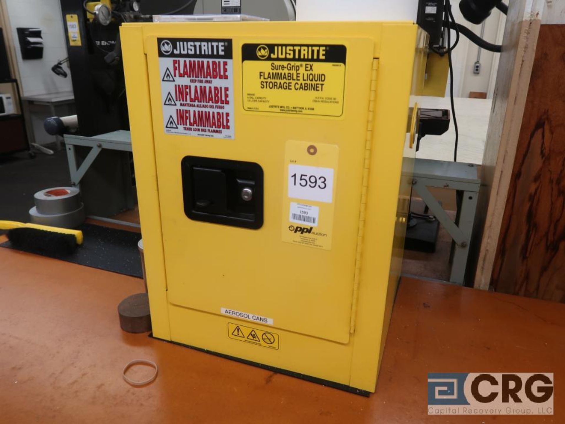 Just Rite 4 Gallon flammable storage cabinet(Dandy Room)