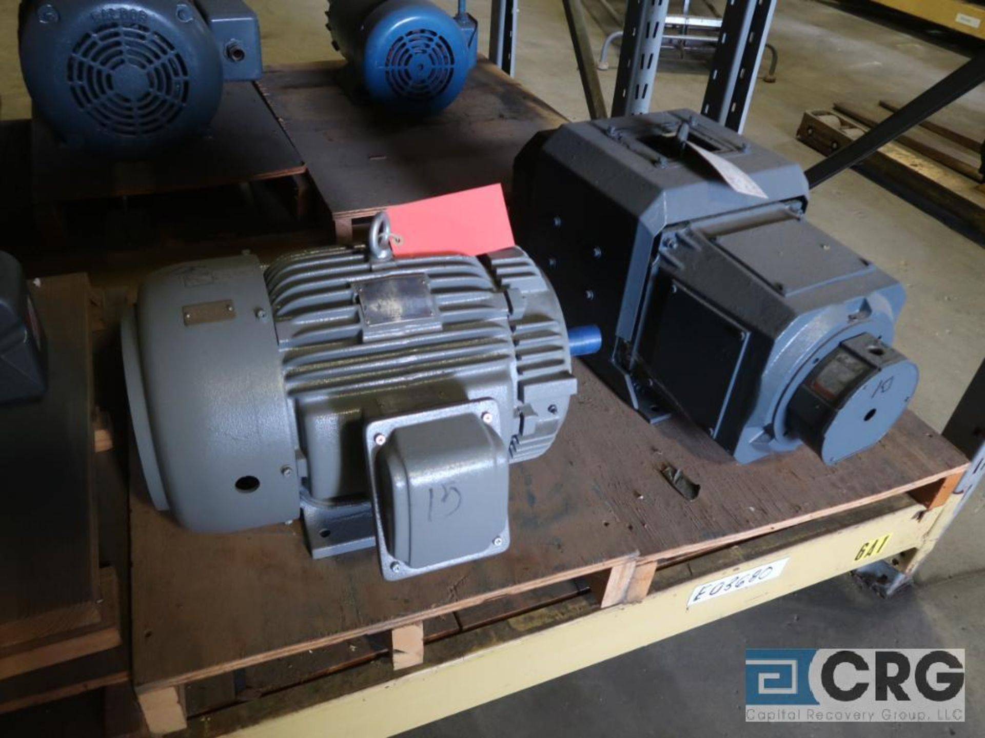 Lot of (29) assorted 15 HP, 10 HP, and 7.5 HP motors on (7) shelves, some with gear drives (Motor - Image 3 of 11