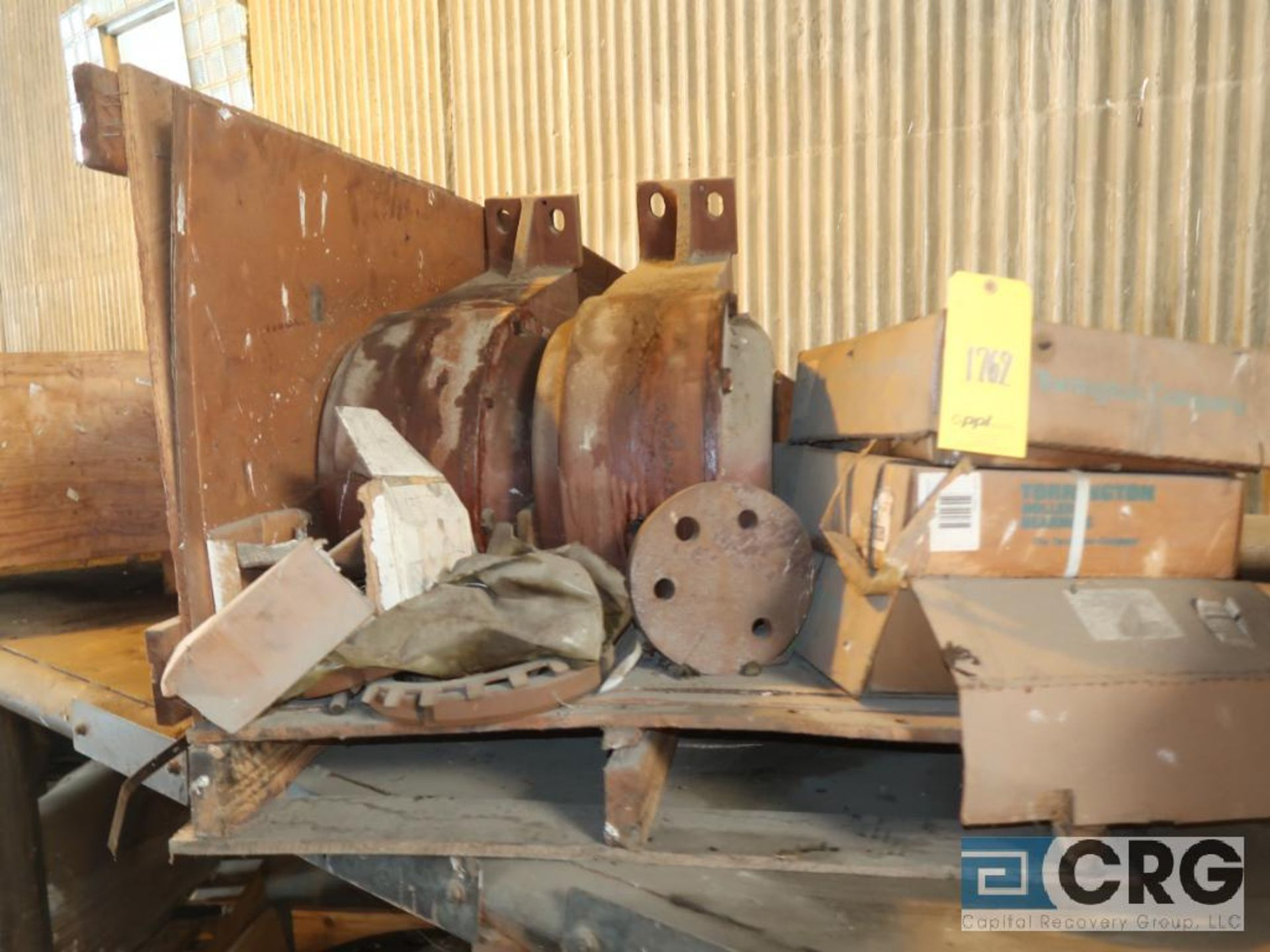 Lot of assorted motor, gear bearing housing, gear drive on metal rack (Next Bay Cage Area) - Image 4 of 16