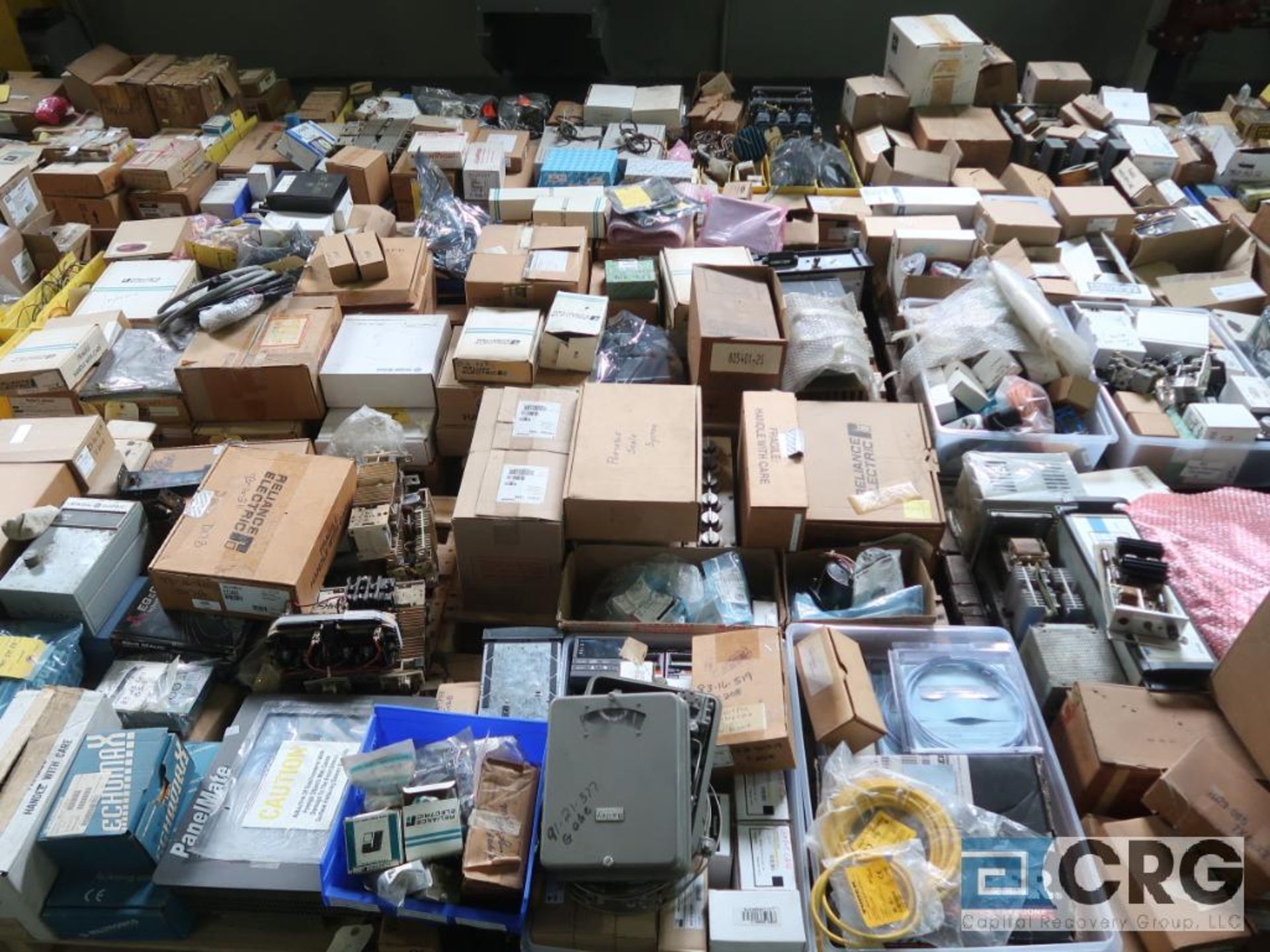 Lot of assorted electrical automation on (32) pallets including modems, sensors, breakers, touch - Image 5 of 8