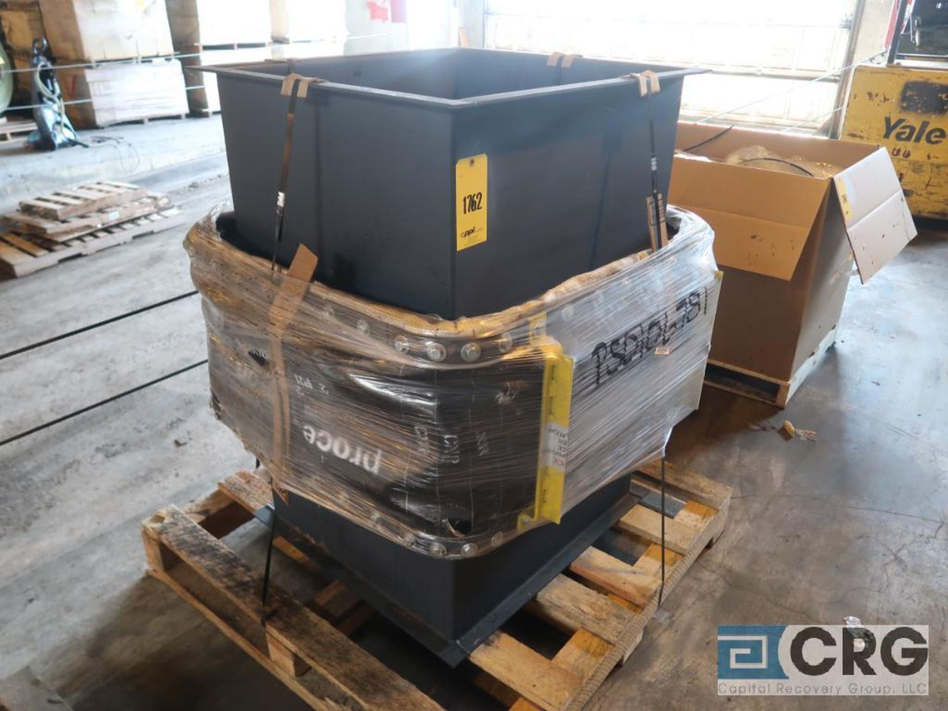 Lot of assorted motor, gear bearing housing, gear drive on metal rack (Next Bay Cage Area) - Image 13 of 16