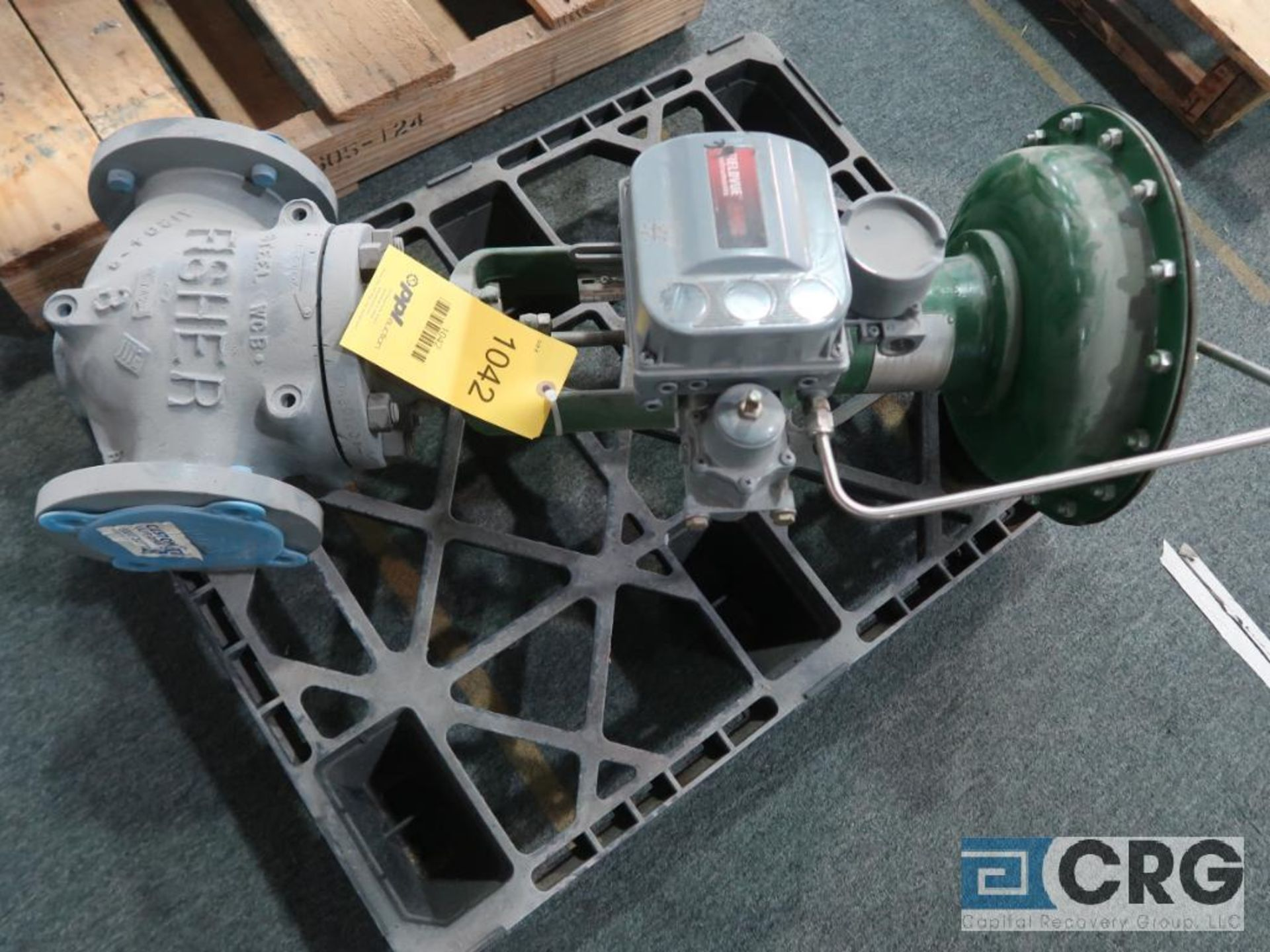 Fisher 657-ES relief actuator valve, size 4 3/8, rating 150, s/n 6323064 (Finish Building)