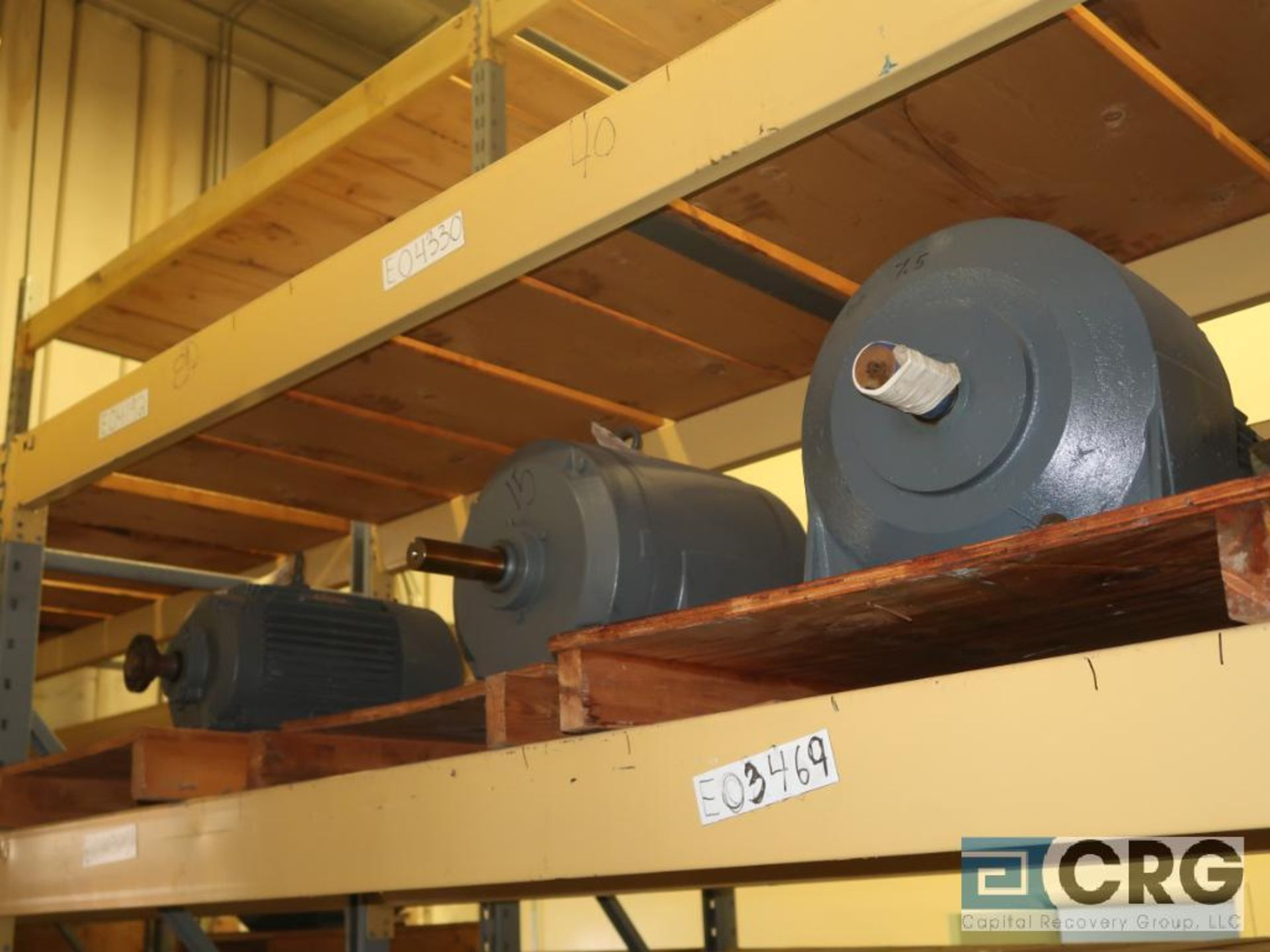 Lot of (29) assorted 15 HP, 10 HP, and 7.5 HP motors on (7) shelves, some with gear drives (Motor - Image 7 of 11