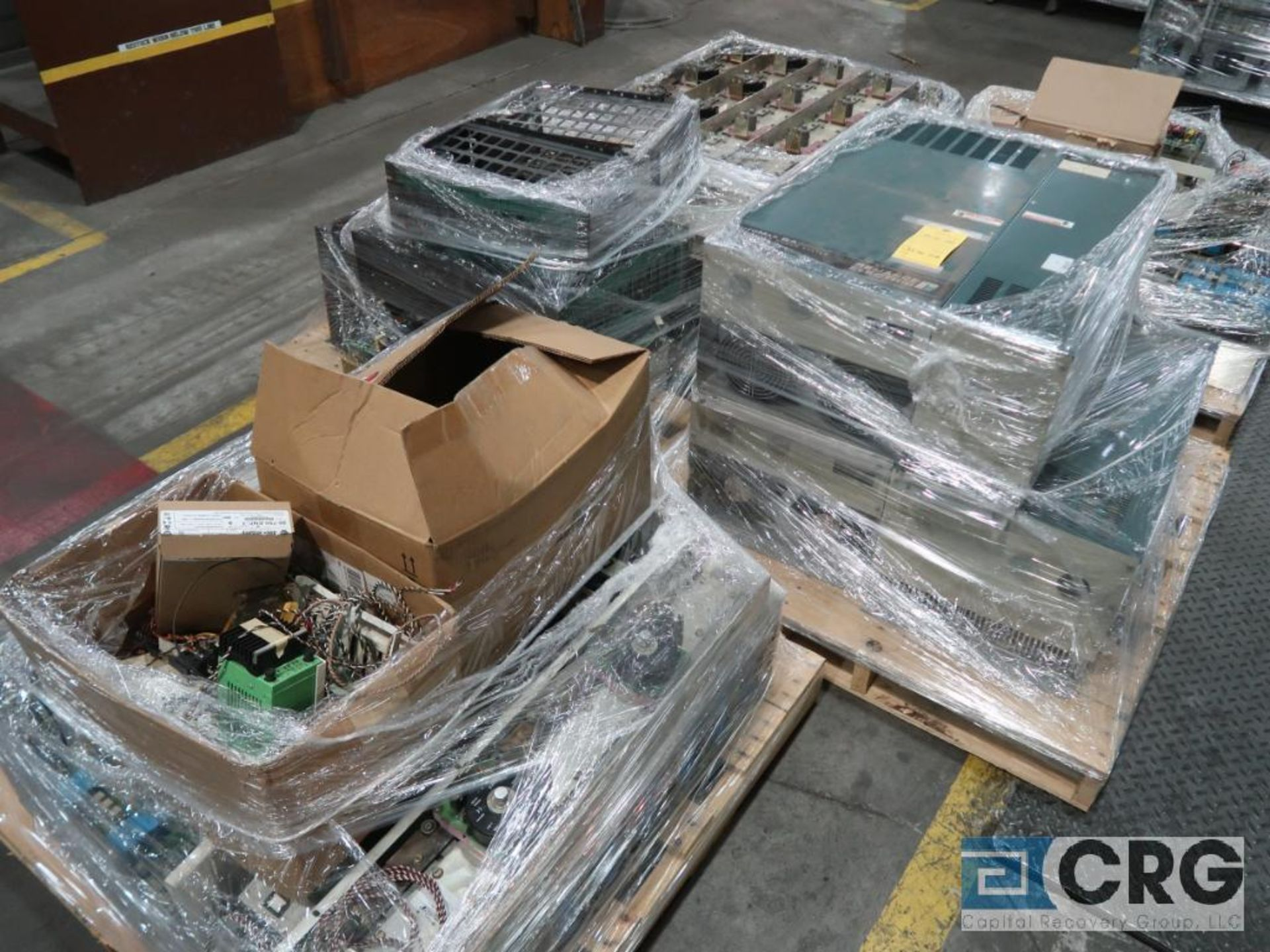 Lot of (13) pallets with electrical drive system with (18) ABB drives, Reliance, Auto Max SA3000 - Image 2 of 4