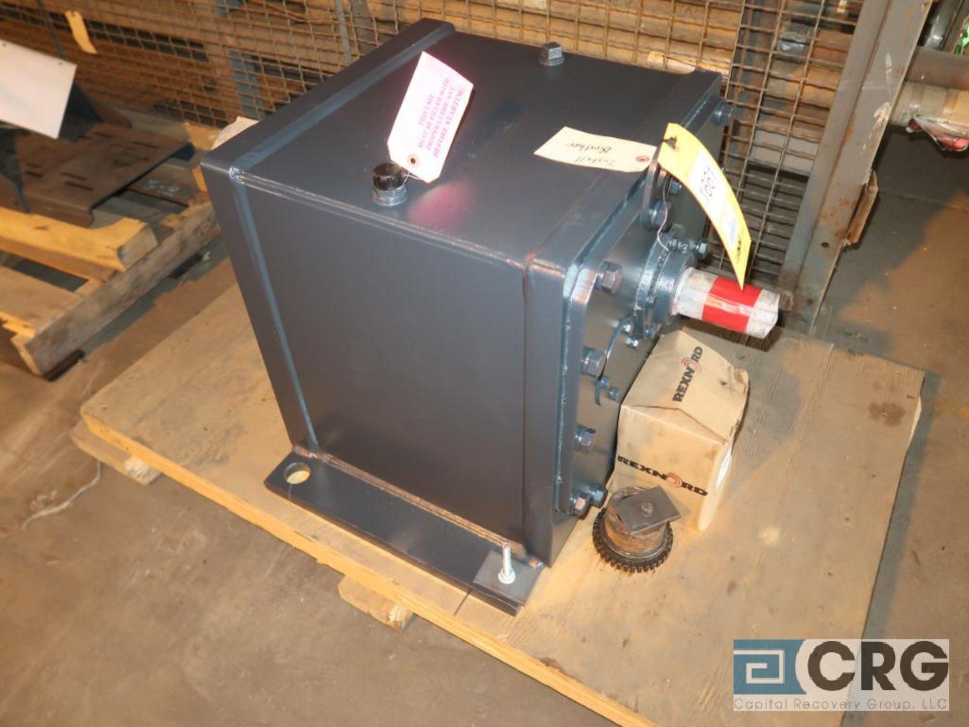 Falk 1080FZ34 gear drive, ratio-48.11, input RPM 1,750, output RPM 36, service rate HP. 25, s/n