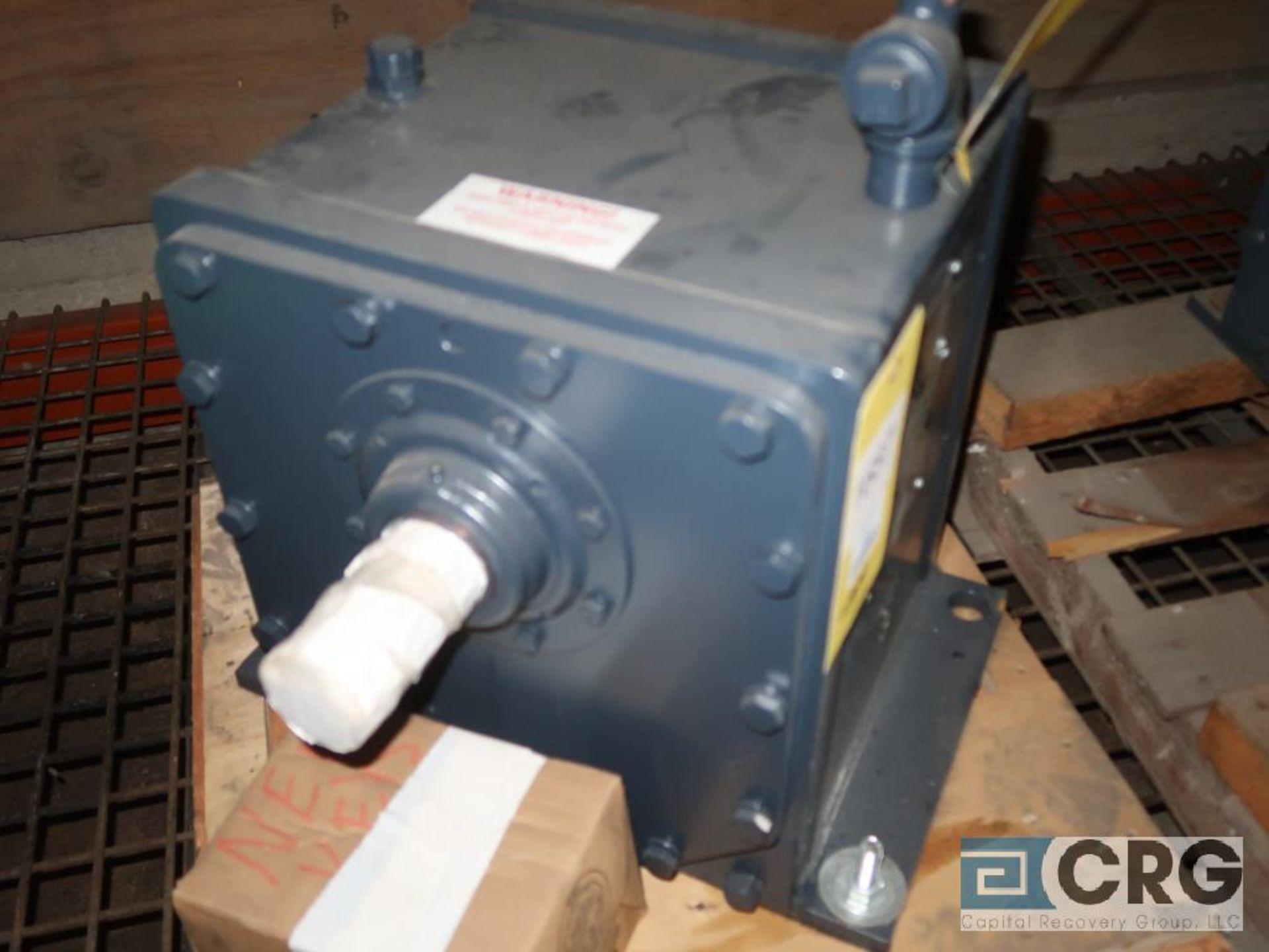 Falk 1062 FC2 gear drive, ratio-3.475, input RPM 1,750, output RPM 504.3, service rate HP. 76.9, s/n