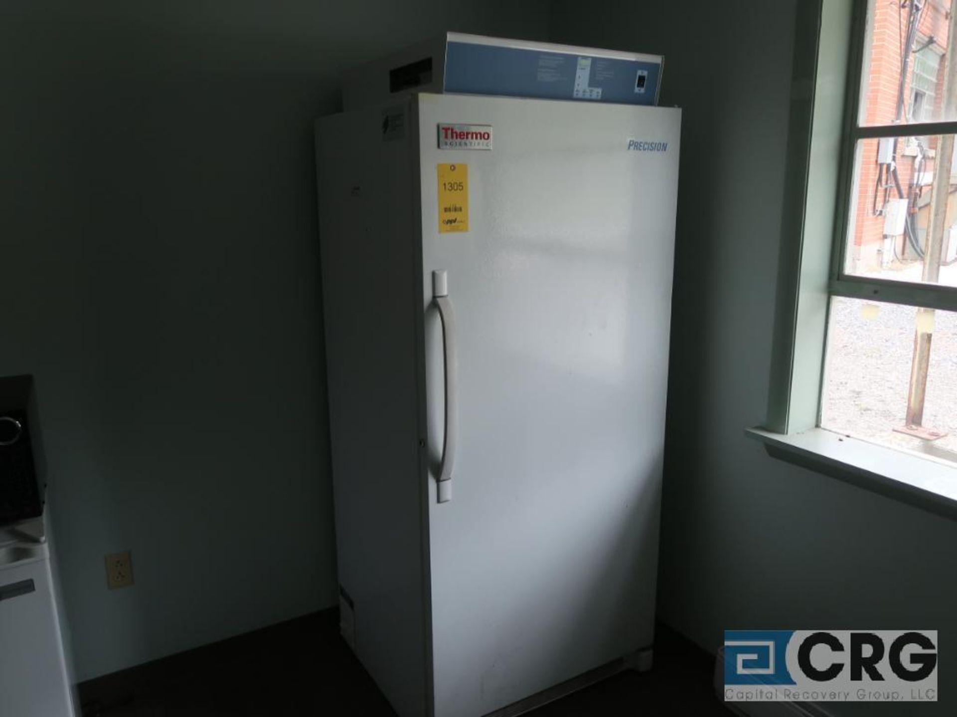 Thermo Scientific TFFH2065FWA incubator, year 2014, s/n WB42674806 (Motor Building)