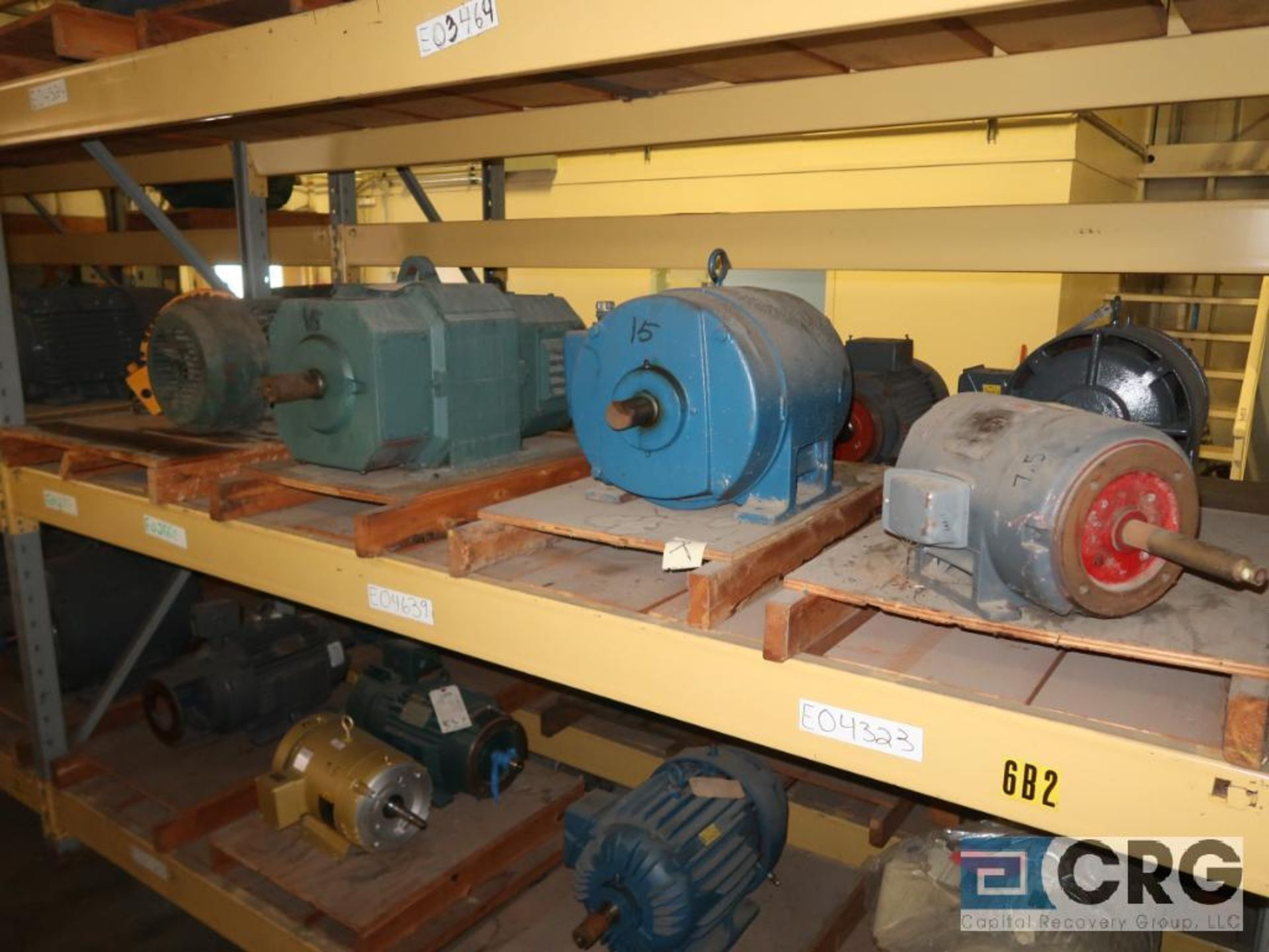 Lot of (29) assorted 15 HP, 10 HP, and 7.5 HP motors on (7) shelves, some with gear drives (Motor - Image 6 of 11