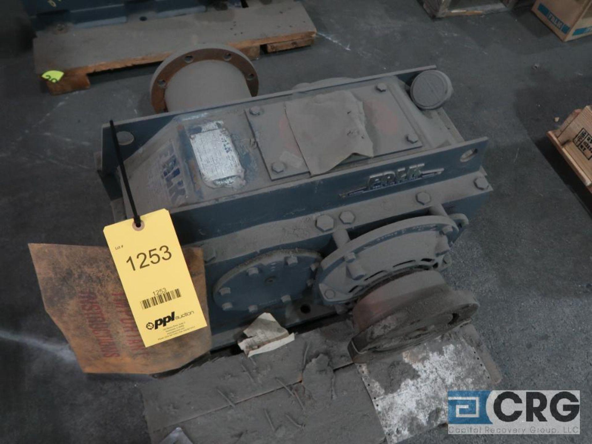 Falk 305 A1A parallel gear drive, ratio 27.400, 43.5 RPM (Finish Building)