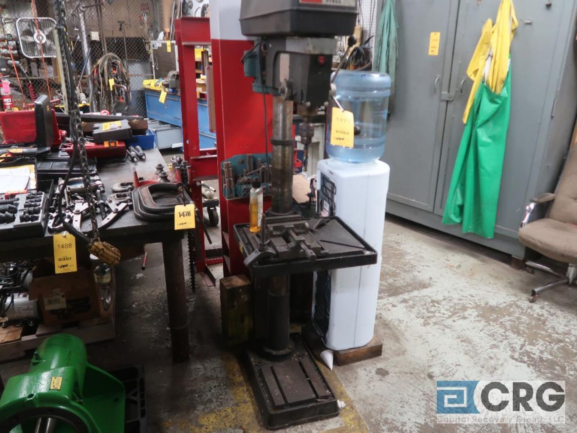 Dayton 20 in. pedestal drill press with vice, 115 volt (Basement Stores) - Image 2 of 3