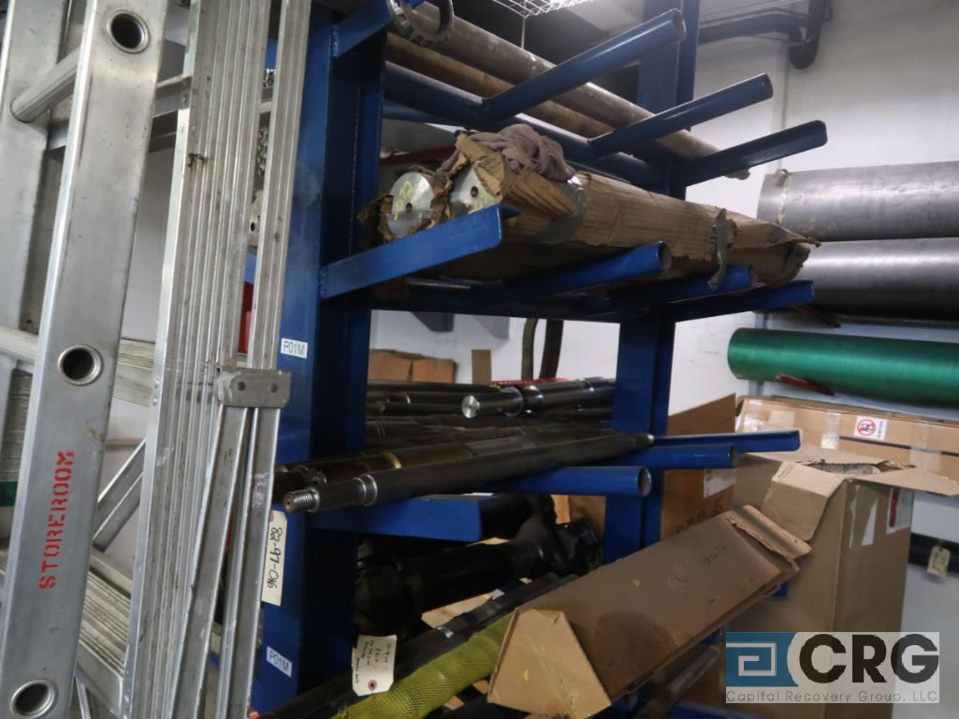 Lot of cantilever rack with drive shafts (Store Basement) - Image 3 of 3
