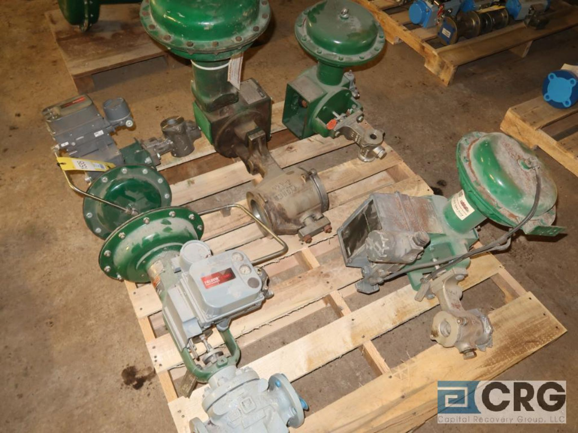 Lot of (5) assorted Fisher valves (496 Dock Area)